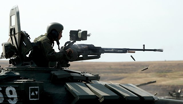 Экипаж танка Т-72 Б3. Архивное фото.