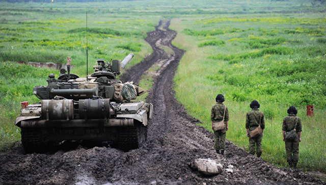 Экипаж танка Т-90.