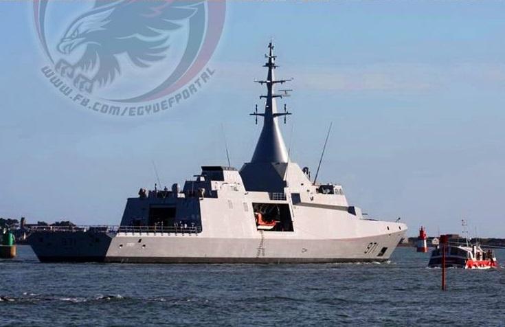 """Головной построенный для ВМС Египта корвет El Fatеh (бортовой номер """"971"""") проекта Gowind 2500 на заводских ходовых испытаниях. Лориан, март 2017 года"""