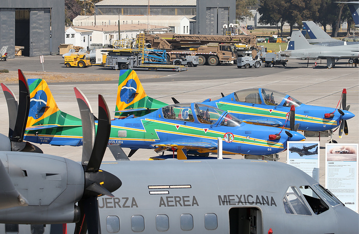 Легкие ударные самолеты Embraer Super Tucano A-29A.
