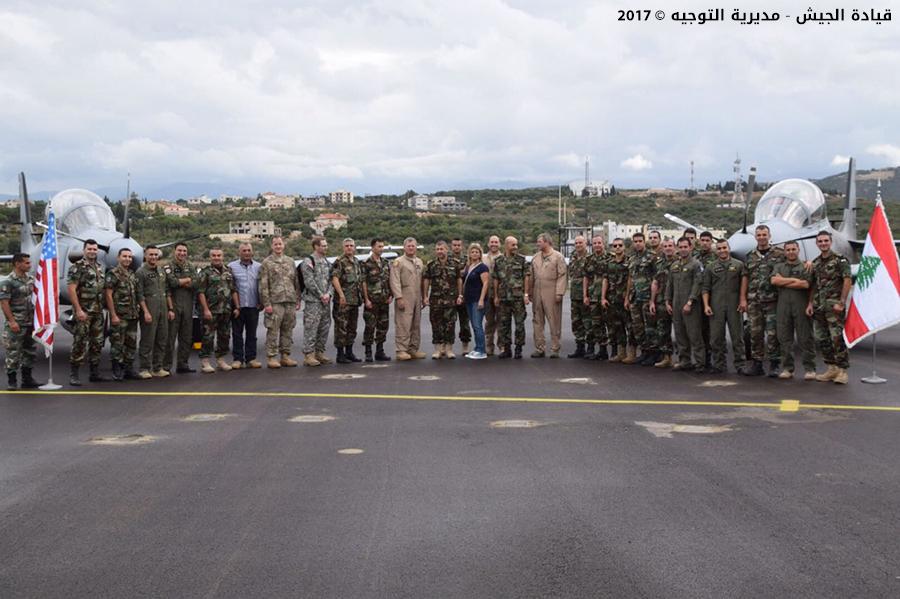 Церемония передачи американской стороной ВВС Ливана первых двух турбовинтовых учебно-боевых самолетов (легких штурмовиков) Embraer EMB-314 (A-29) Super Tucano (бортовые номера ВВС США 15-2021 и 15-2022). Хамат (Ливан), 09.10.2017.