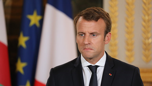 Президент Франции Эммануэль Макрон в Елисейском дворце в Париже. 25 сентября 2017.