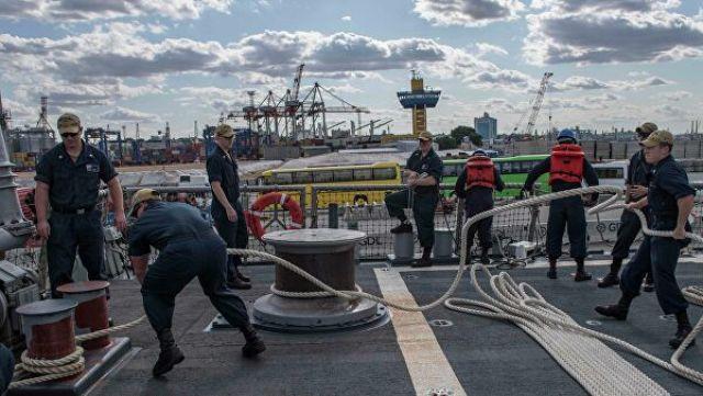 """Эсминец ВМС США """"Карни"""" (Carney DDG64) в порту Одессы"""