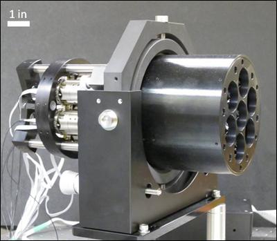 Ранний прототип лазерного модуля проекта DARPA Excalibur.