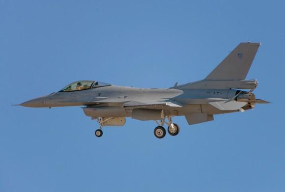 Истребитель F-16 Block 50 ВВС Омана