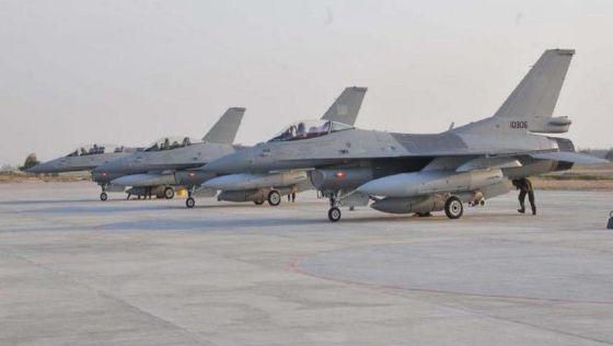 Истребители F-16C и F-16D