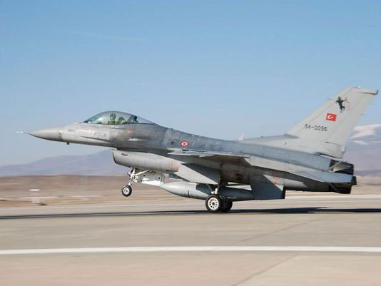 Истребитель F-16 Block 30