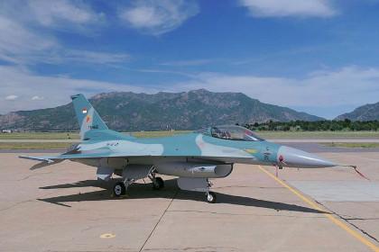 Истребитель F-16C