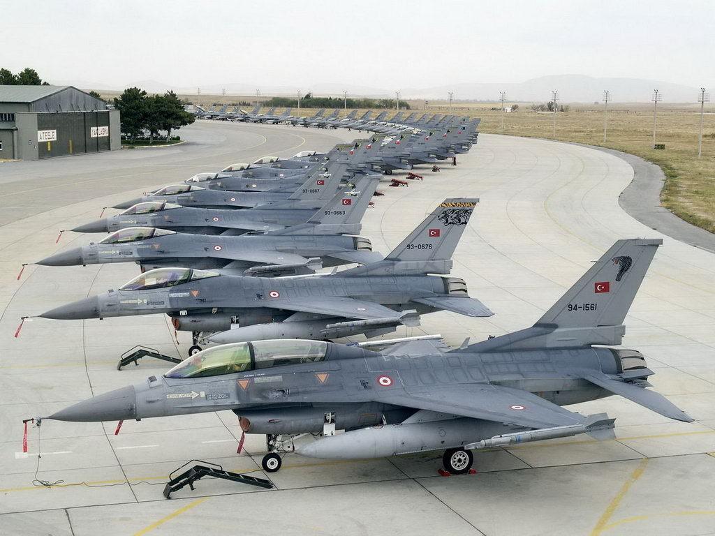 Истребители Lockheed Martin F-16C/D Fighting Falcon ВВС Турции