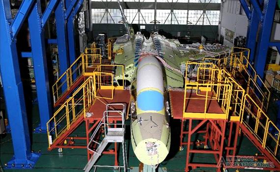 Сборка технологического демонстратора японского истребителя пятого поколения ATD-X (Advanced Technology Demonstrator-X).