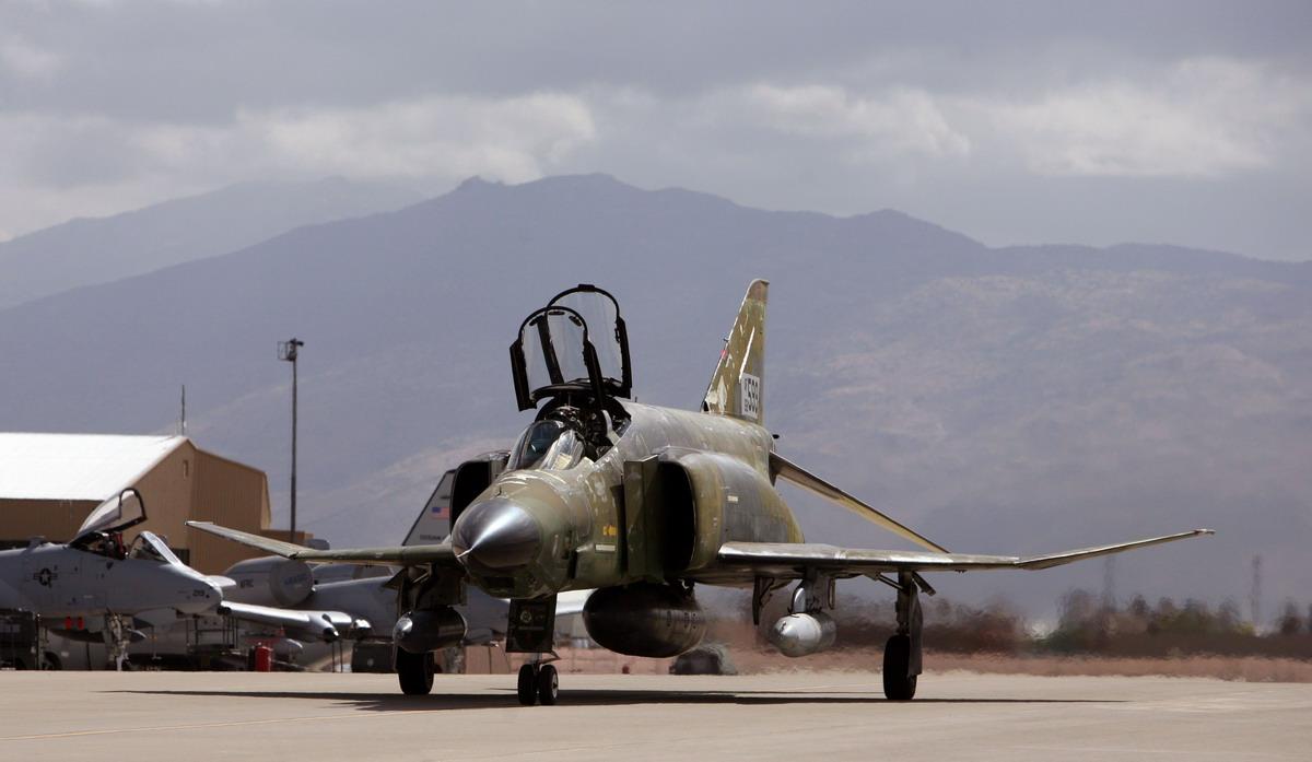 F-4 Phantom. Источник:.