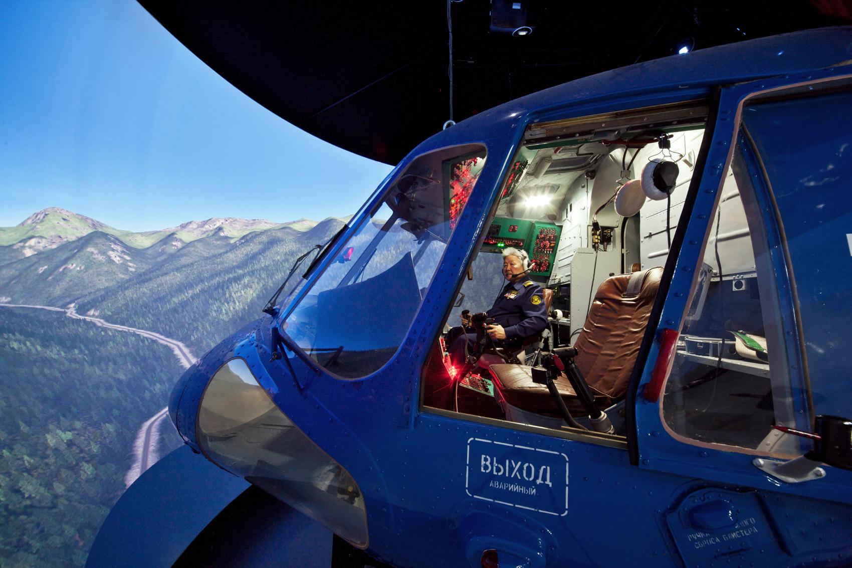 Обучение летчиков монгольской авиакомпании МАК.