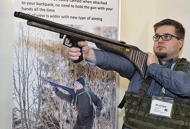 Финский конструктор со своим ружьем