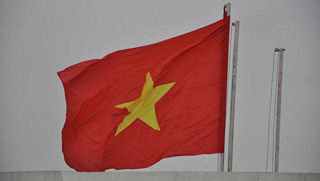 Флаг Вьетнама. Архивное фото.