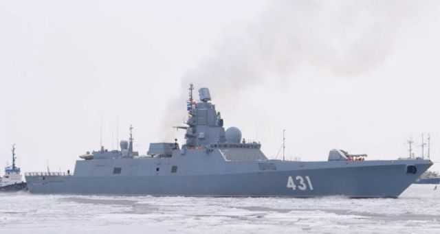 """фрегат """"Адмирал флота Касатонов"""" первый """"зимний"""" выход на ходовые испытания"""