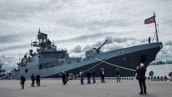 Фрегат Адмирал Макаров проект 11356 на Международном Военно-Морском салоне в Санкт-Петербурге
