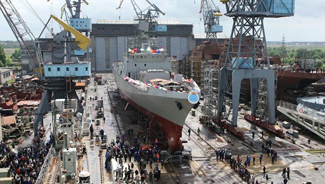 Третий фрегат для индийских ВМС Trikand (Лук) на торжественной церемонии спуска на воду на Прибалтийском судостроительном заводе Янтарь. Архивное фото.