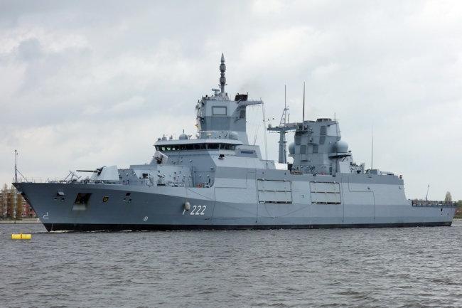 "Фрегат ВМС Германии ""Баден-Вюртемберг""."