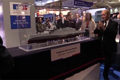 Судостроительный концерн DCNS на выставке Euronaval 2016 в Париже представляет проект нового фрегата промежуточного класса FTI.