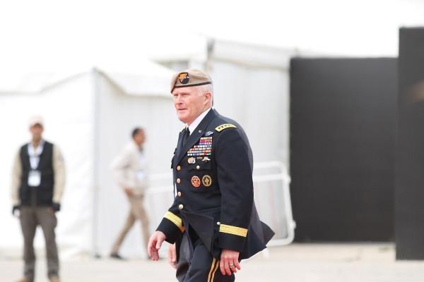 Начальник Командования специальных операций США генерал Раймонд Томас на выставке SOFEX 2018 в Иордании.