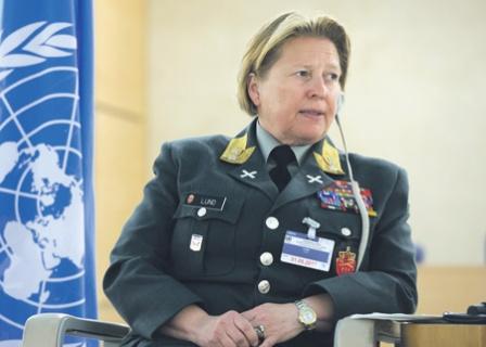 Генерал-майор Кристин Лунд.