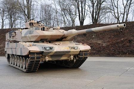 """Новый германо-французский основной танк получил шасси, корпус и двигатель от танка """"Леопард 2А7""""."""