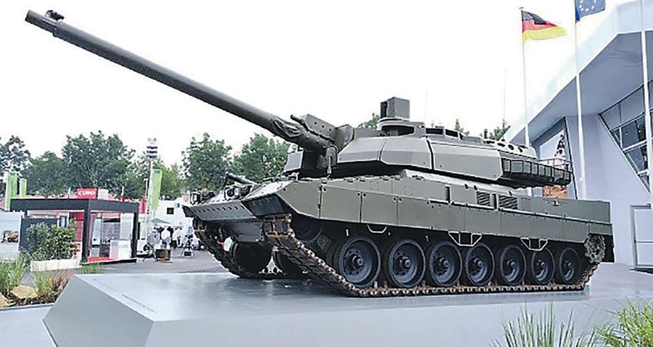 """Гибрид танков """"Леопард-2А7"""" и """"Леклерк"""" на выставке EUROSATORY-2018."""