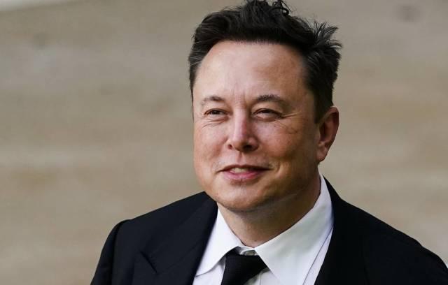 Глава компаний Tesla и SpaceX Илон Маск