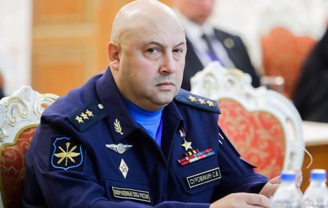 Главком ВКС РФ генерал-полковник Сергей Суровикин
