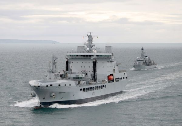 Головное британское судно комплексного снабжения А 136 Tidespring