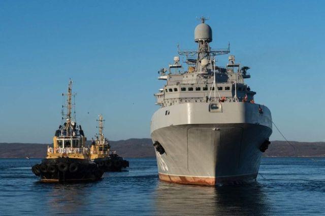 """Головной корабль проекта 11711 """"Иван Грен"""""""