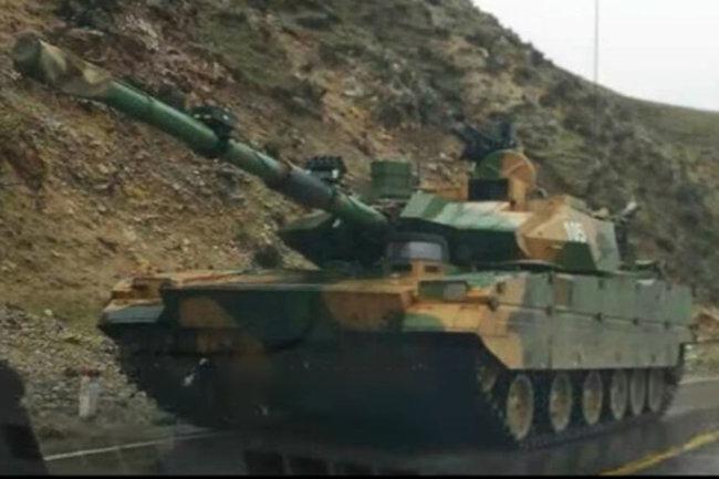 """Горный танк"" КНР."