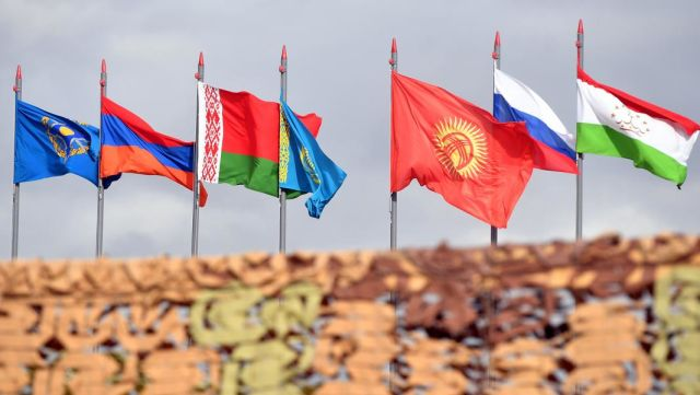Государственные флаги стран-участниц командно-штабных учений