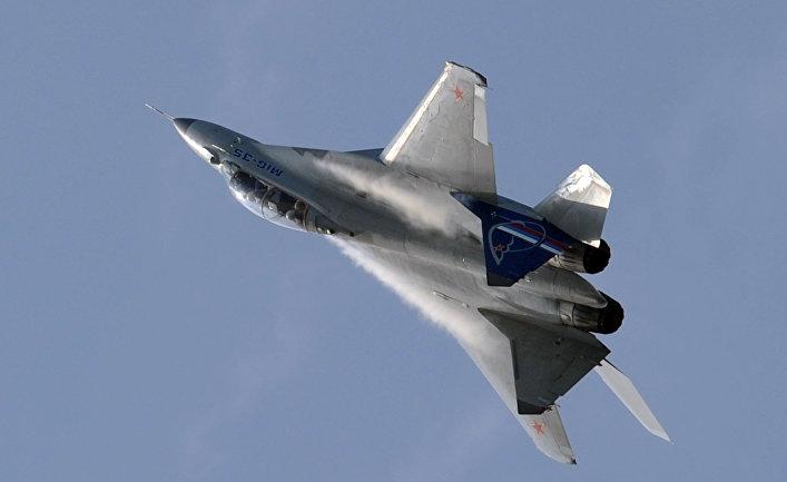 """МиГ-35 на """"МАКС-2011""""."""