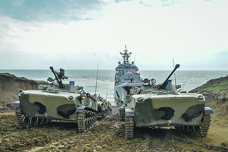 Группировку войск в Крыму укрепили дополнительными подразделениями десантников. Фото с сайта www.mil.ru