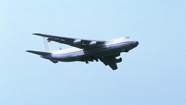 Грузовой самолет АН-124 Руслан.