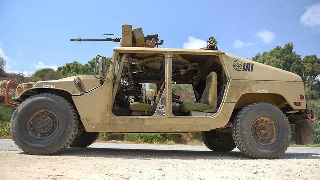 Беспилотный Humvee.