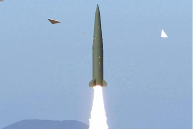 Пуск  баллистической ракеты «Хюнму-2B» (Hyunmoo-2B).