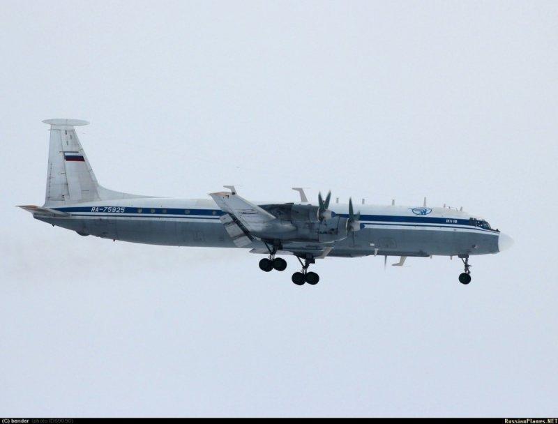 Ил-22М11 RA-75925 после модернизации на ЭМЗ им. Мясищева.