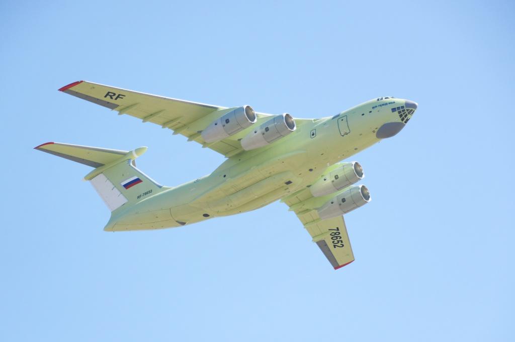 Третий самолет Ил-76МД-90А (регистрационный номер RF-78652, серийный номер 0104), построенный ЗАО «Авиастар-СП». Ульяновск, 29.04.2015.