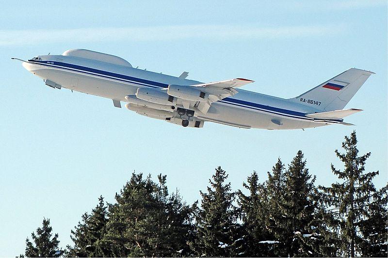 Самолет Ил-80 (по классификации НАТО — Maxdome) — воздушный командный пункт, разработанный в конце 1980-х годов в КБ Ильюшина на базе пассажирского самолёта Ил-86.