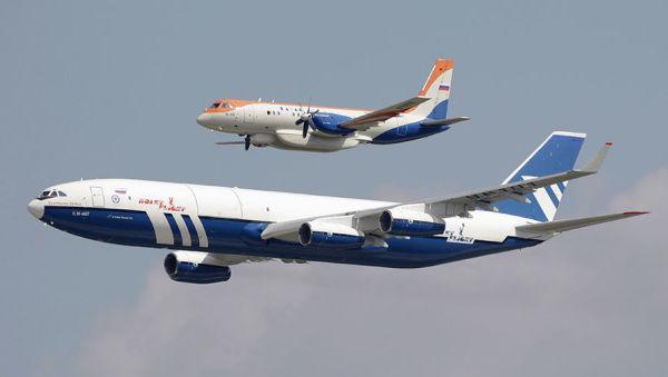 Ил-96-400Т (на первом плане) и Ил-114