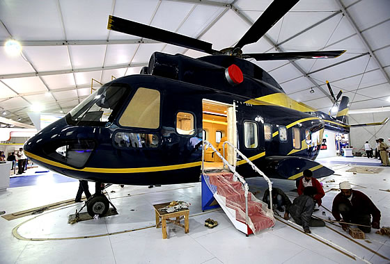 Макет национального среднего многоцелевого вертолета IMRH (Indian Multi Role Helicopter).