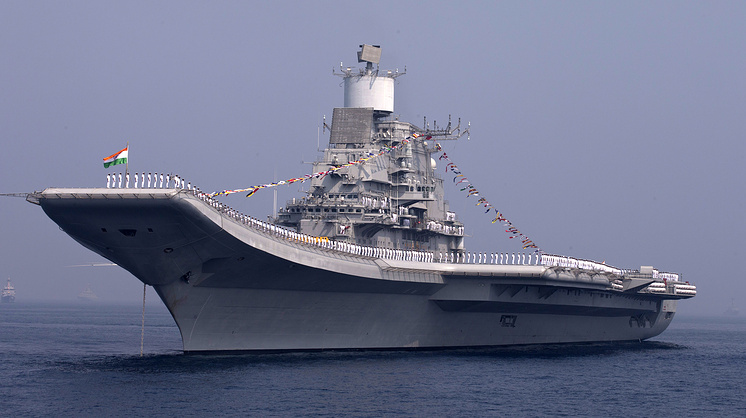 Индийский авианосец Vikramaditya, 2013 год.