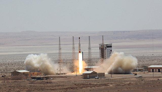 Испытание ракеты-носителя Симорг в Иране. Архивное фото.