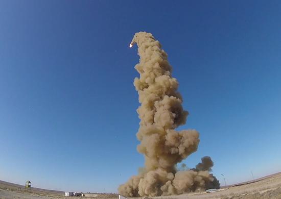 Испытательный пуск, предположительно, новой противоракеты ПРС-1М (53Т6М)