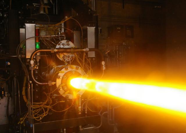 Испытание двигателя ракеты-носителя проекта OpFires