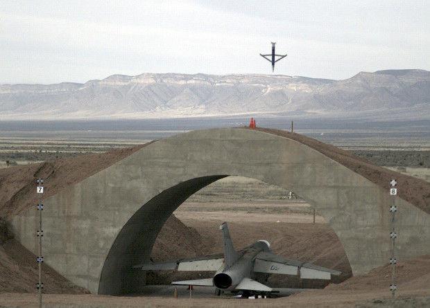 Испытания авиационной бомбы SDB