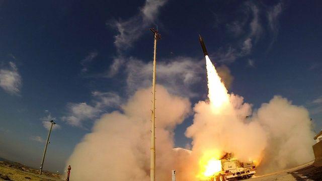 """Испытания противоракетного комплекса """"Хец-3"""" (""""Стрела-3"""", Arrow-3)"""