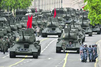 Историческая и современная части парадов наглядно демонстрируют теденции развития военной техники. Фото агентства «Москва»